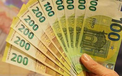 BECAS DE 200€
